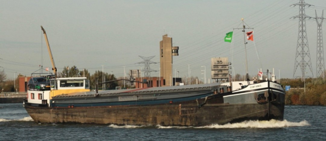 55m Dutch trading barge