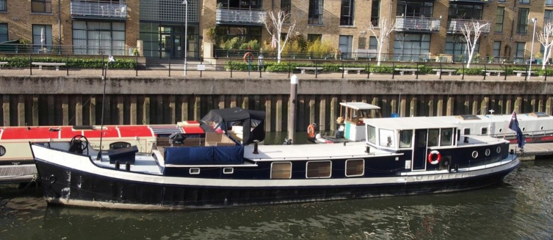 22m Luxemotor in London